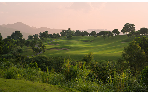 11th hole lakes courses, skylake golf resort, hanoi
