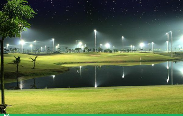 night golf, rachakram golf club, bangkok, thailand