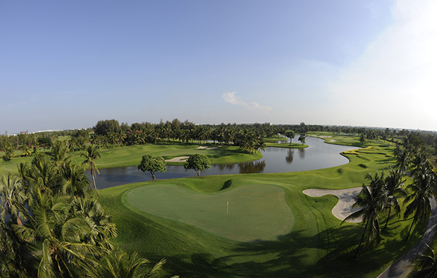 green, thai country club, bangkok, thailand