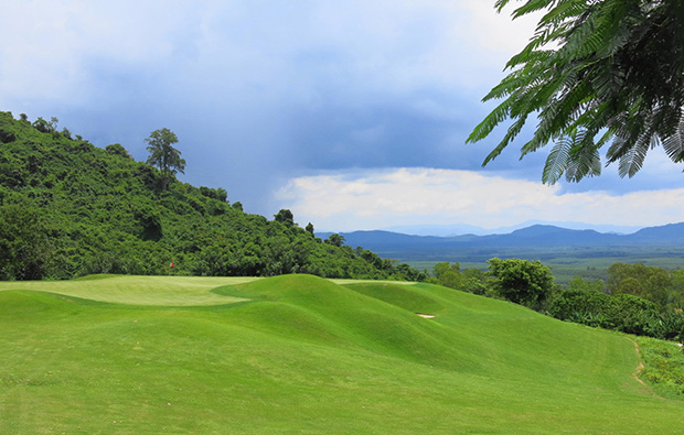4th green, wangjuntr golf park,pattaya, thailand