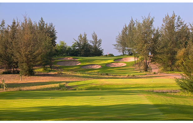 11th hole, montgomerie links, danang, vietnam