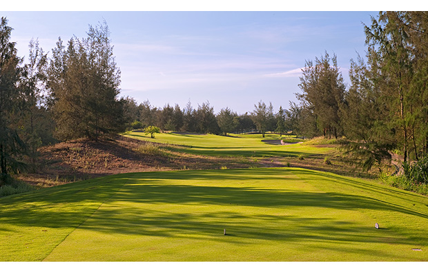 16th hole, montgomerie links, danang, vietnam