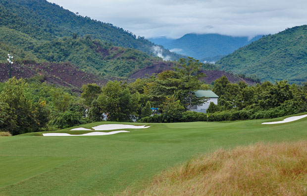 2nd green bana hills golf club, danang, vietnam