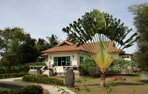 Beringgis Beach Resort exterior