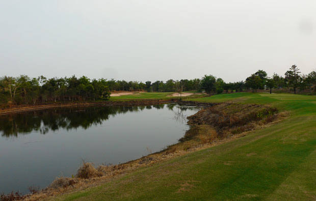 par 3 booyoung country club, siem reap, cambodia