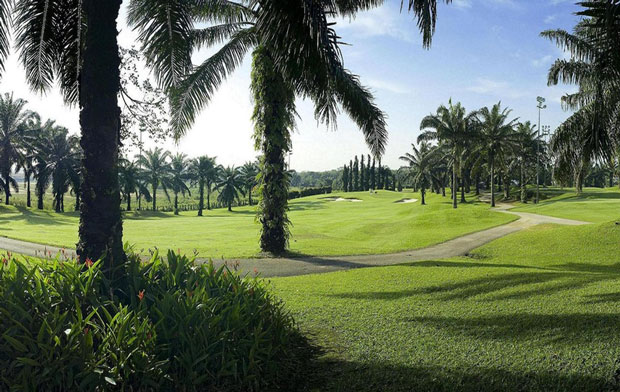 deemples: bukit kemuning golf & country resort