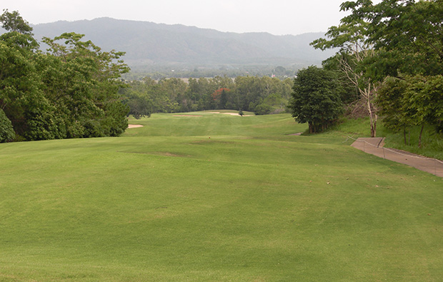 fairway, waterford valley golf club, chiang rai, thailand