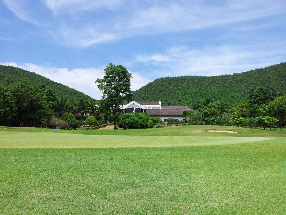 Clubhouse Evergreen Hills Golf Club, Kanchanaburi