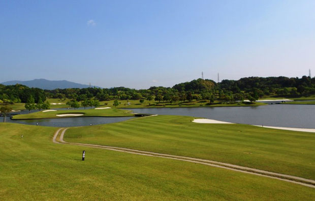 Excellent Golf Club Ise Ootori Course Approach