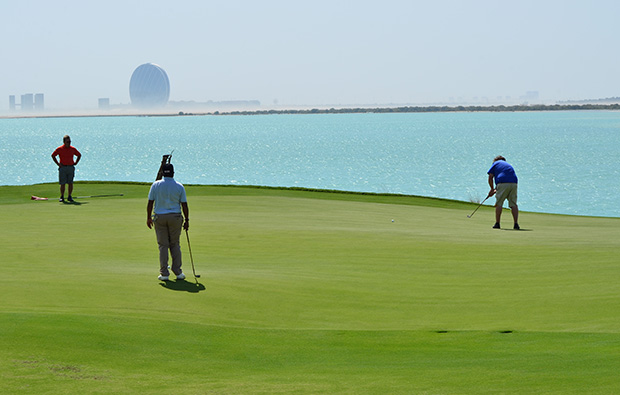 putting green at yas island links, abu dhabi, united arab emirates