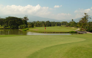 on the green, summit green valley chiang mai country club, chiang mai, thailand