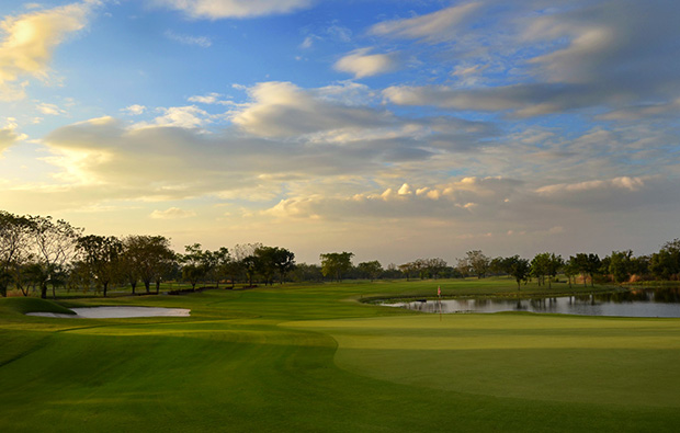 green at lotus valley golf club, bangkok, thailand