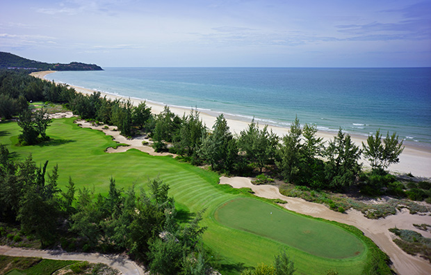 10th hole laguna lang co golf club, danang, vietnam