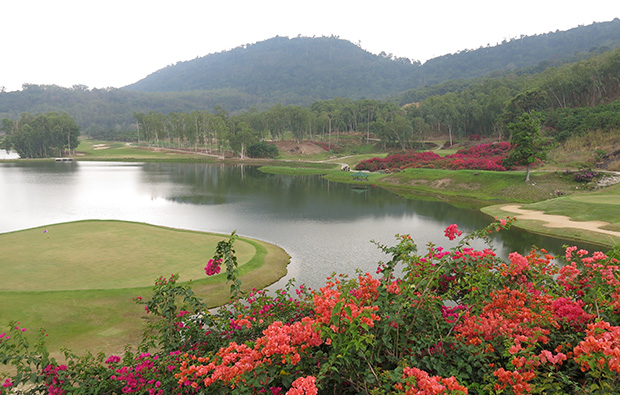 view over lake, wangjuntr golf park,pattaya, thailand