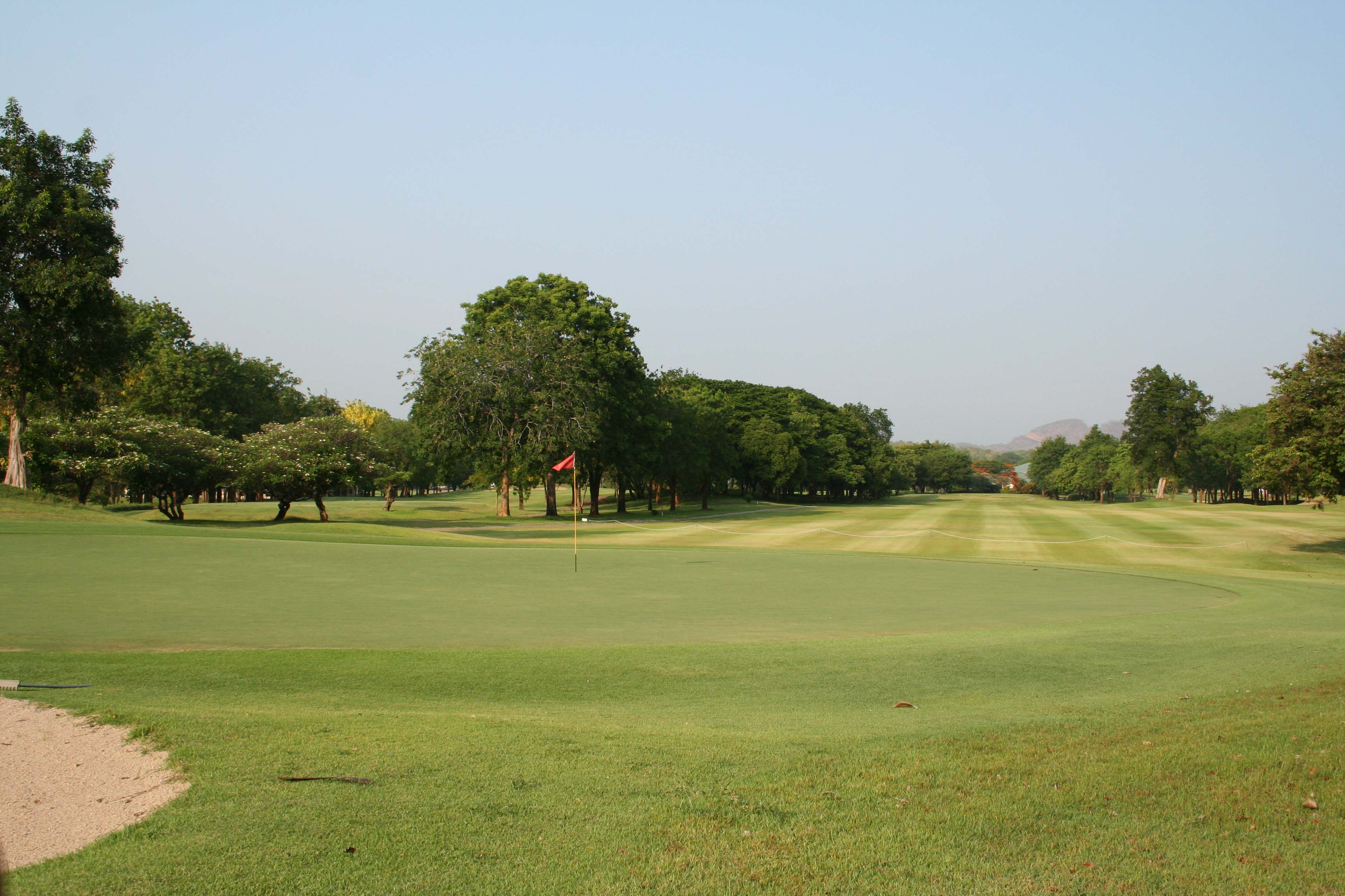 Fairway Nichigo Resort Country Club, Kanchanaburi