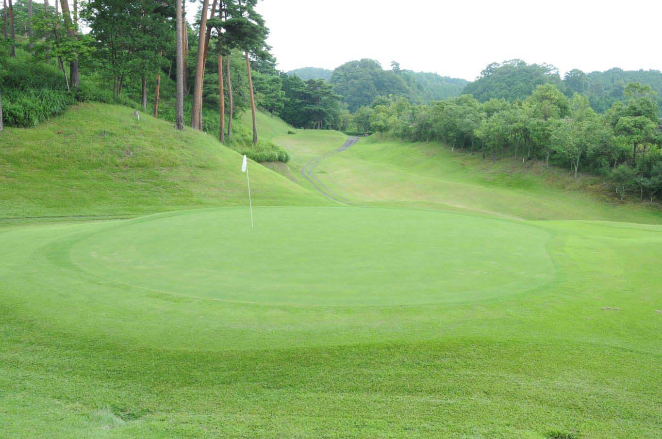approach Kikyougaoka Golf Course