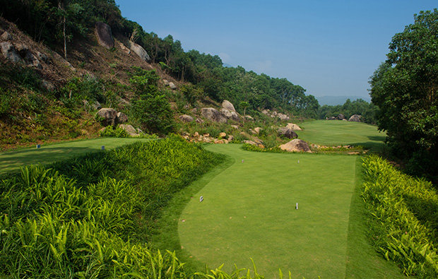 11th tee box, laguna lang co golf club, danang, vietnam