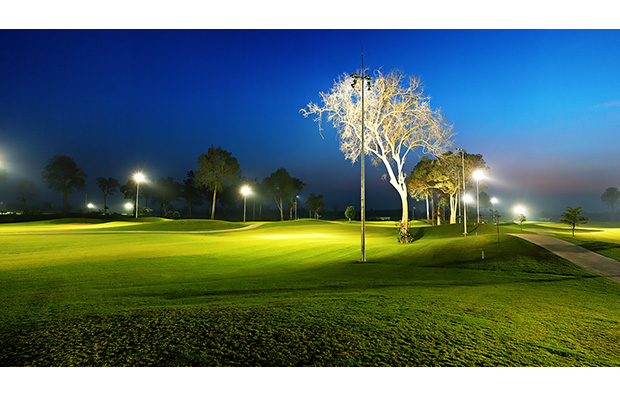 long thanh vientiane golf course, laos at night