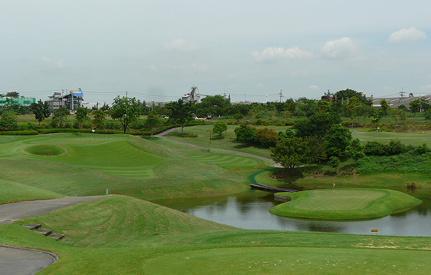 green, riverdale golf club, bangkok, thailand