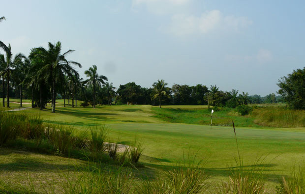green, pattavia century golf club, pattaya, thailand