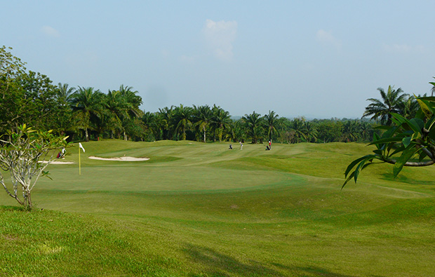 looking back down fairway, greenwood golf club, pattaya, thailand