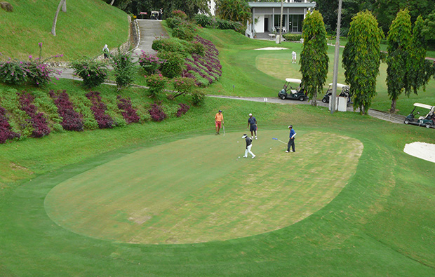 18th green penang golf club, penang