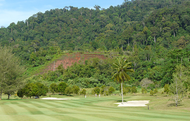 1st green gunung raya golf resort, langkawi