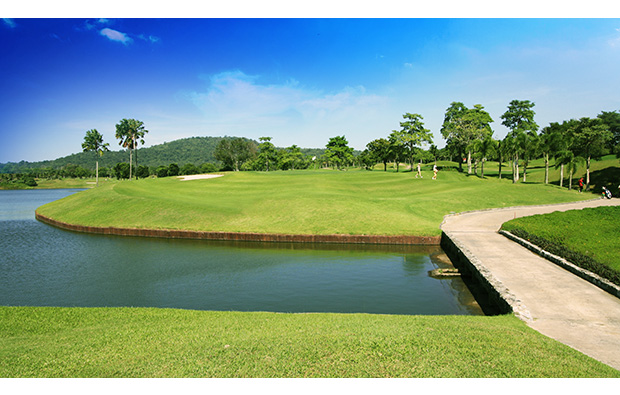 water hazard, pattana golf resort, pattaya, thailand