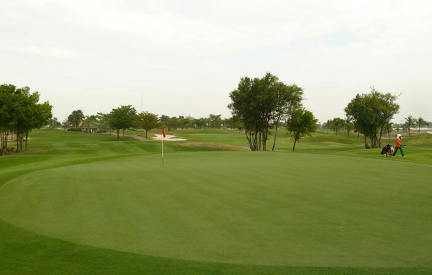 green, pattana golf resort, pattaya, thailand