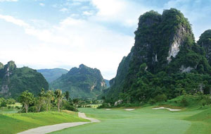 phoenix golf resort in Hanoi
