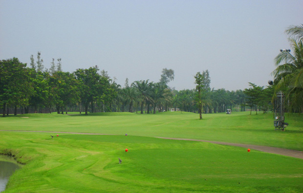 fairway, pinehurst golf country club, bangkok, thailand