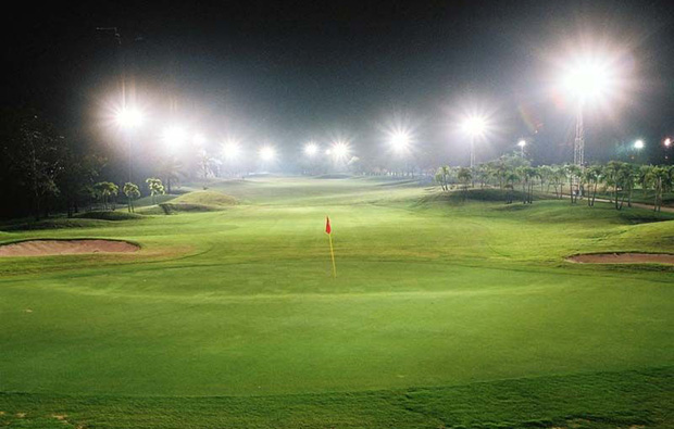 night golf, pinehurst golf country club, bangkok, thailand