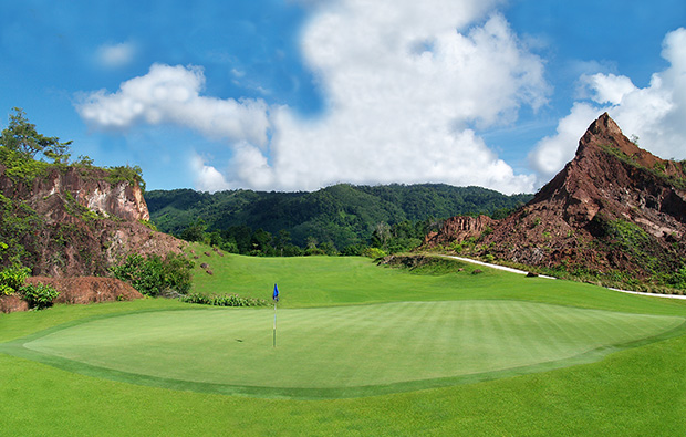 13th hole red mountain golf club, phuket