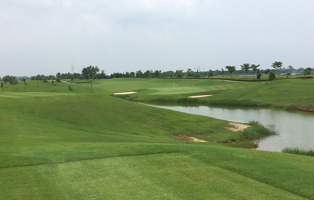 par 3 Royal Bang Pa-In Golf Club