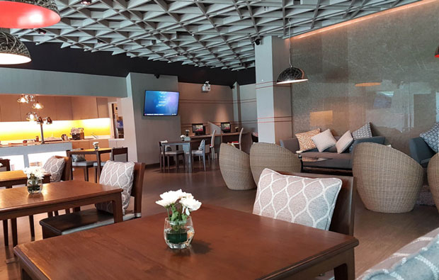 Swissotel Resort Phuket Bar