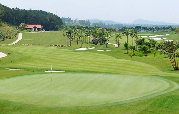 Trang An Golf  Country Club Green