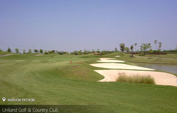 bunkers Uniland Golf Country Club, Bangkok, Thailand