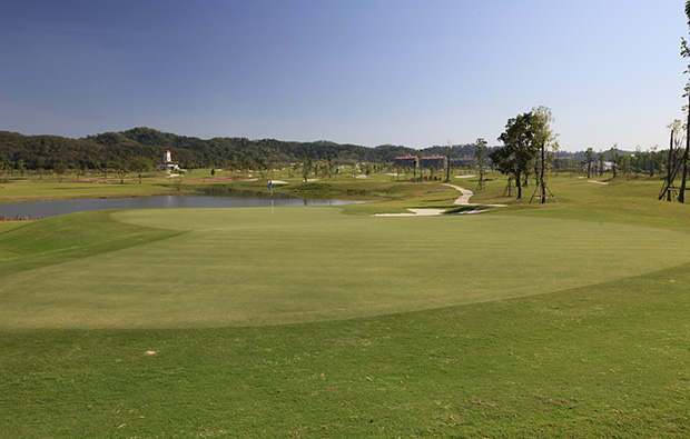 green, happy city golf resort, chiang rai, thailand