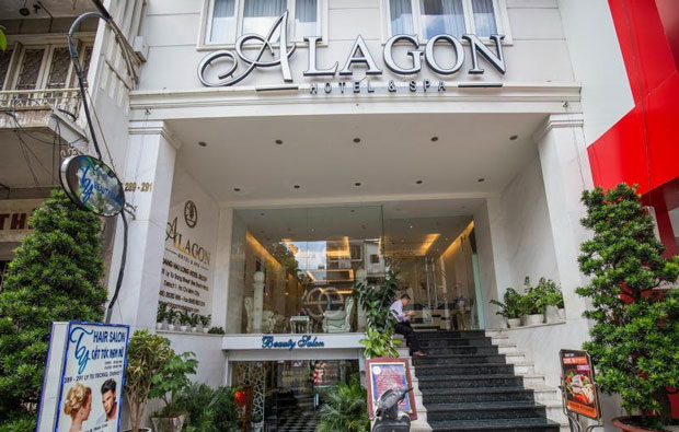 Alagon Hotel & Spa Entrance