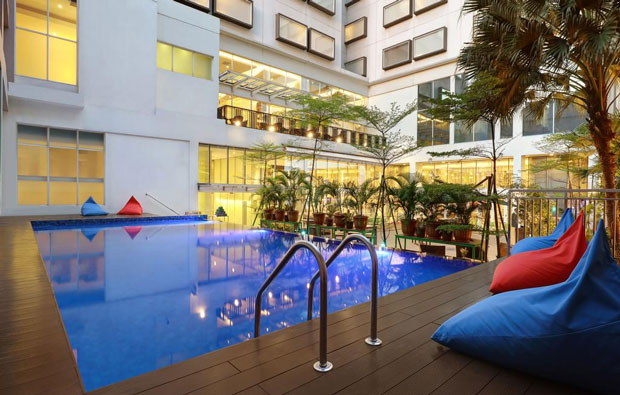All Seasons Jakarta Pool