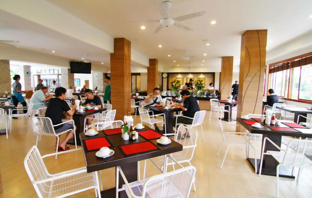 Areca Lodge Dining
