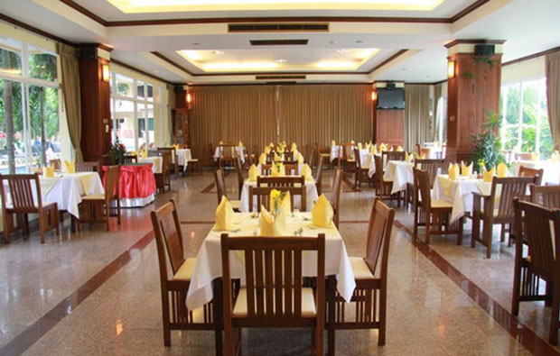 Baumanburi Resort and Spa Dining
