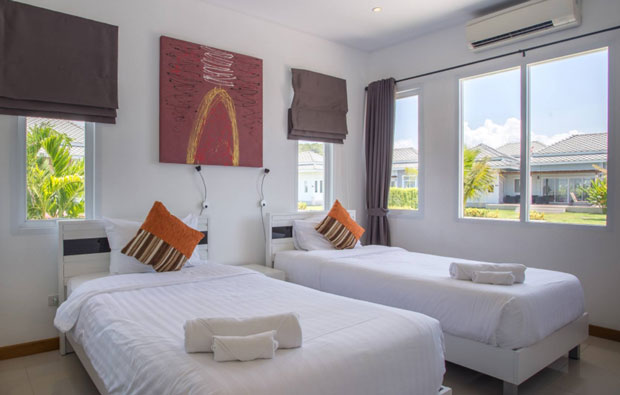 Black Mountain Golf Resort 2-bed Villa Bedroom