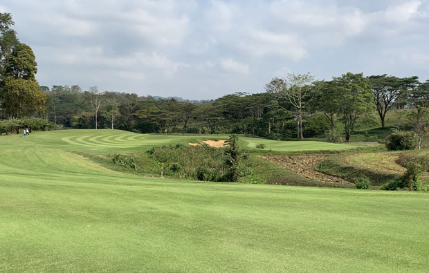 Soi Dao Highland Golf Resort, Pattaya - view of green