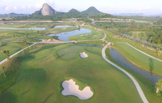 Chee Chan Mountain Golf Resort fairway