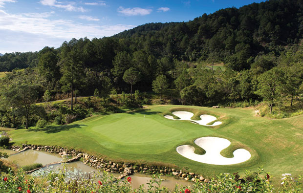 green at dalat at 1200 golf course