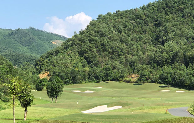 Hilltop Valley Golf Club Green