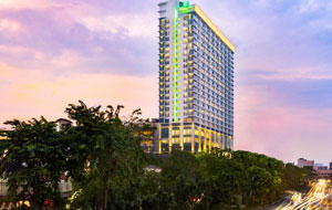 Holiday Inn Suite Gajah Mada Hotel