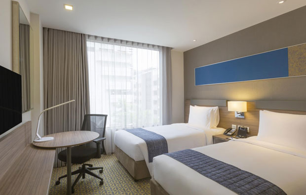 Holiday Inn Express Sathorn Room