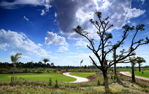 general view of lake view golf club, vientiane, laos